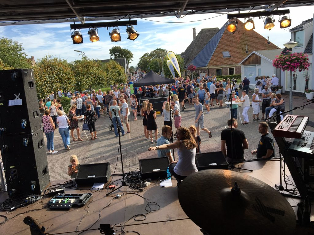 Coverband voor festival, openbaar event? The Hits!